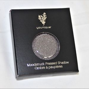 NIB YOUNIQUE MOODSTRUCK PRESSED SHADOW - SHREWD
